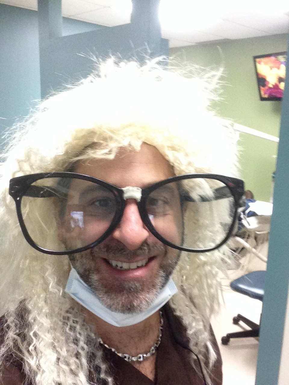Dr. Zaichick wants to wear this Halloween look all year
